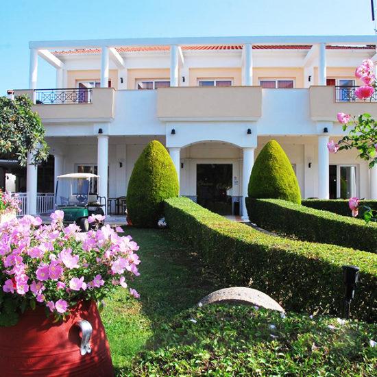 hotel chrousso village