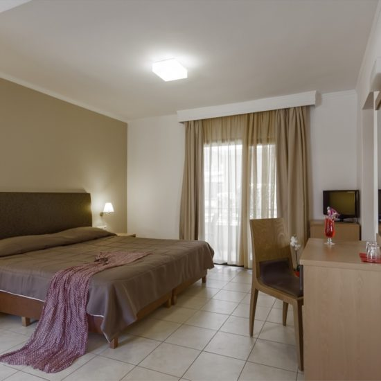 lagomandra beach hotel, hotel lagomandra beach early booking, hotel lagomandra beach first minute, hotel lagomandra beach popusti