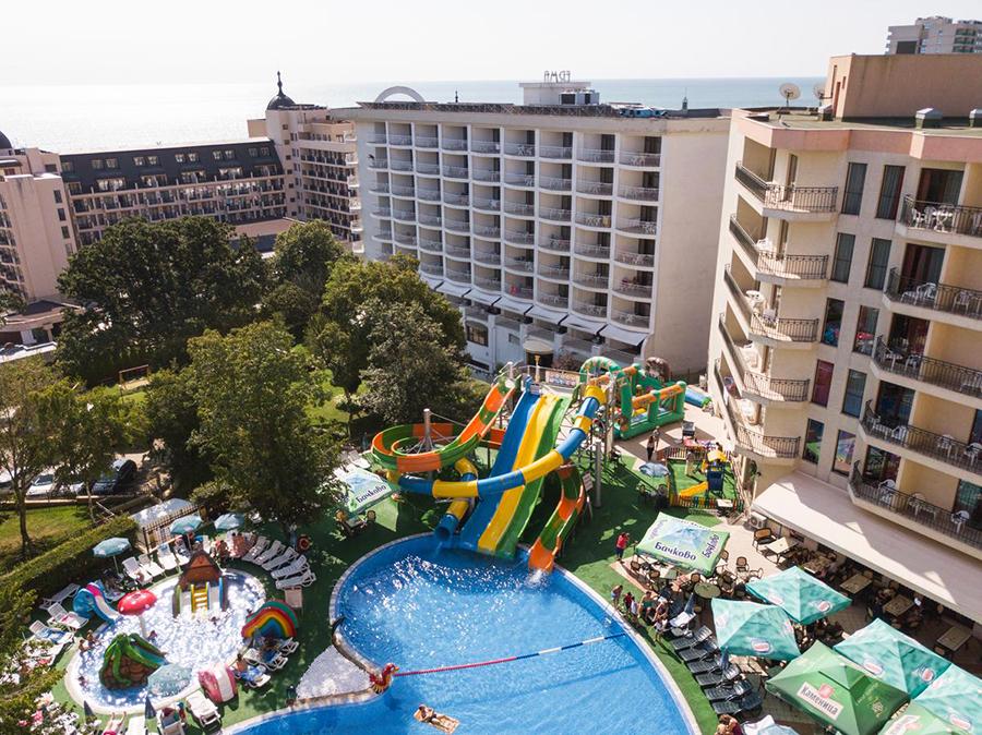 prestige hotel and aqua park zlatni pjasci