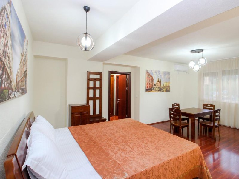 hotel international ohrid docek