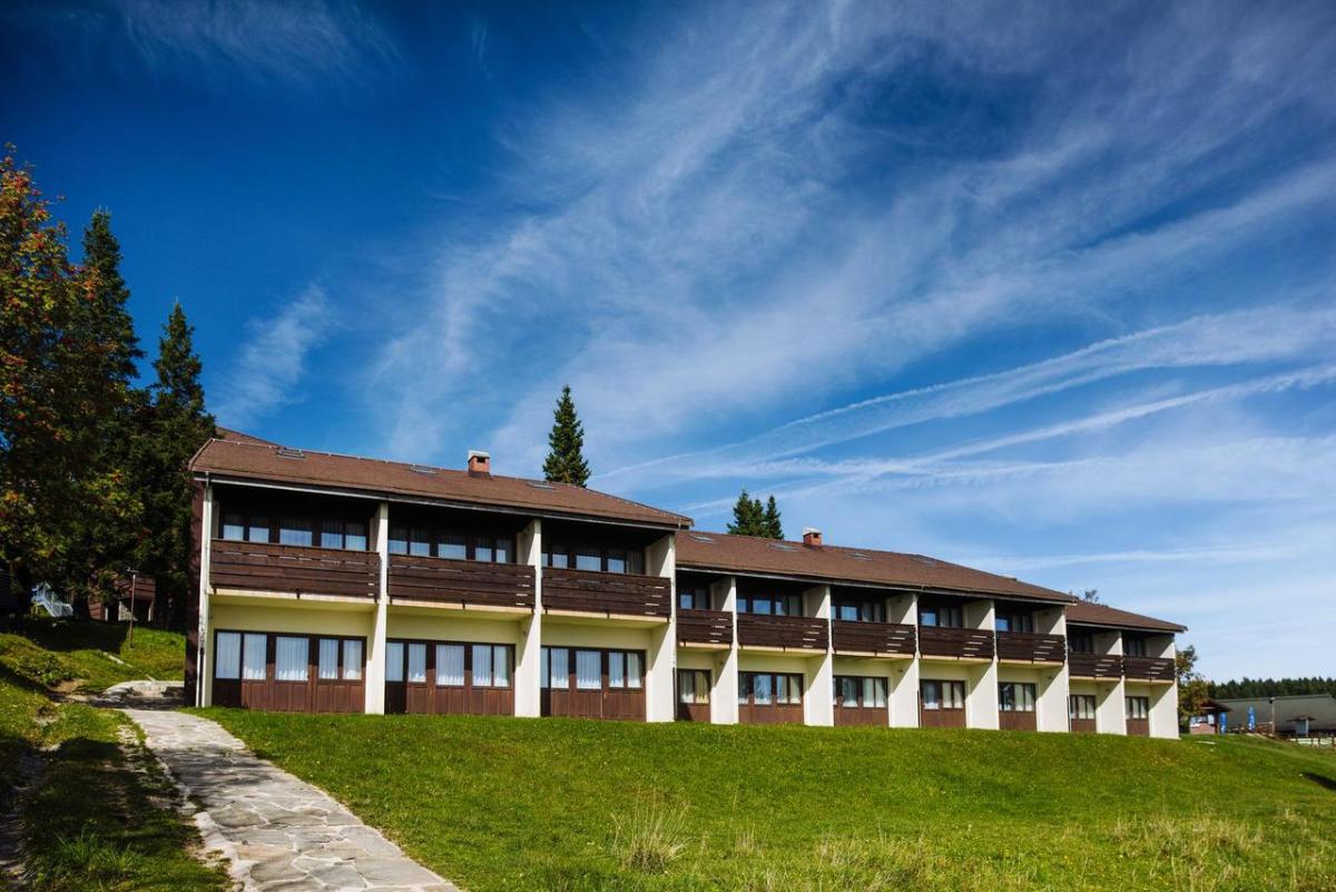 hotel brinje rogla, rogla skijanje, slovenija skijanje, rogla slovenija zimovanje
