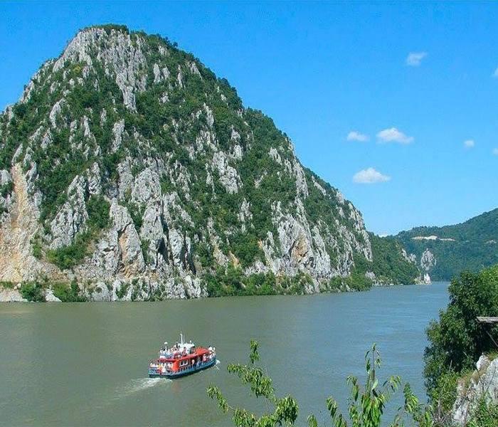 djerdap, djerdapsko jezero, nacionalni park djerdap, dunav, izlet djerdap dunav, djerdap letovanje srbija, odmor na djerdapu
